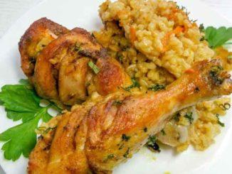 Как приготовить куриные голени с ароматным рисом