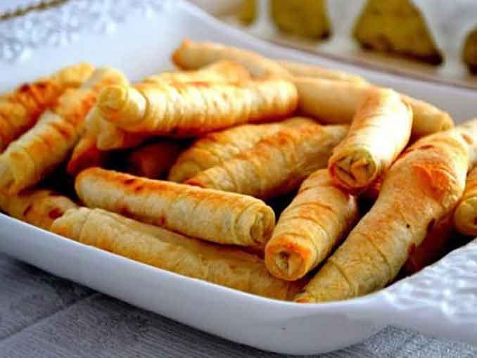 Вкуснейшие мини-пирожки из лаваша с сыром