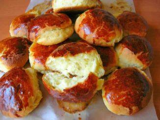 Как приготовить пышные творожные булочки