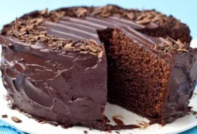 Как приготовить постный шоколадный пирог без яиц