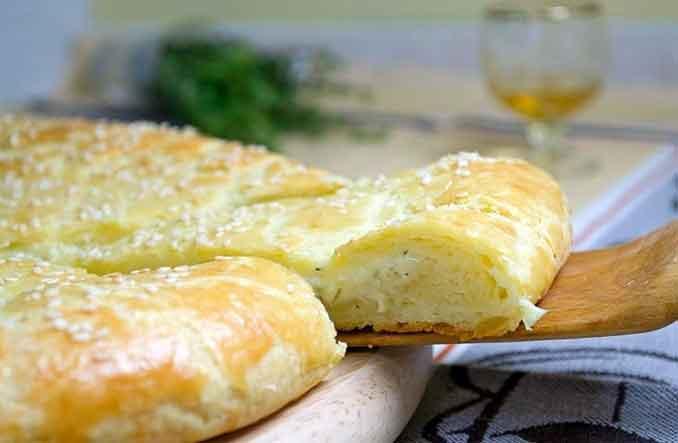 Как приготовить лепёшку с сыром из творожного теста