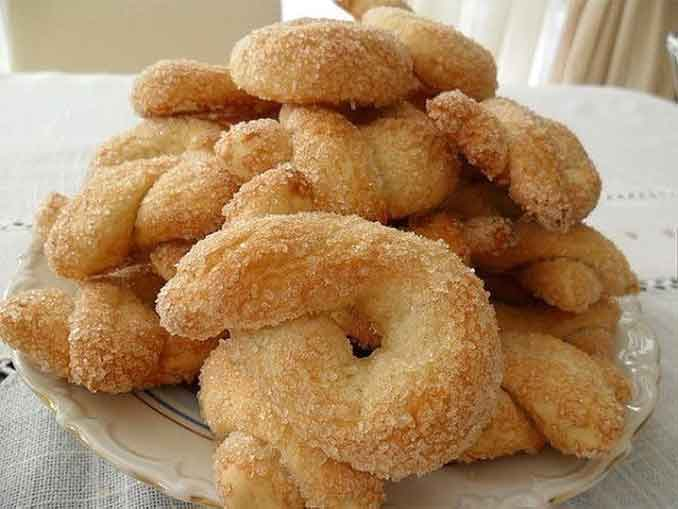 Вкусное сахарное печенье: простой рецепт всего из трех ингредиентов!