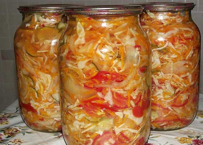 Как заготовить на зиму салат из овощей