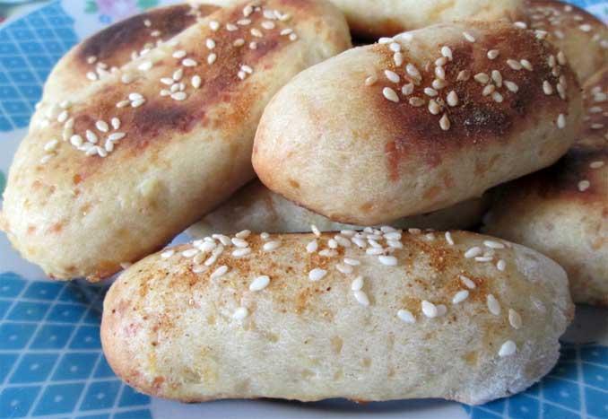 """Картофельные """"пальчики"""" с сыром и чесноком: простая, вкусная и сытная закуска"""