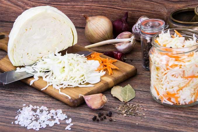 6 ошибок, которые допускают многие хозяйки при квашении капусты