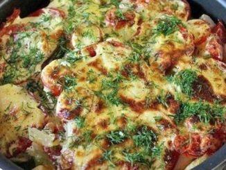 Кабачки, запечённые с картофелем. Блюдо — бомба, без возни и за копейки!